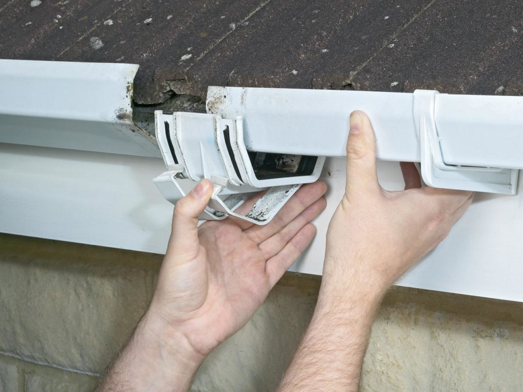 fixing a broken upvc gutter joint